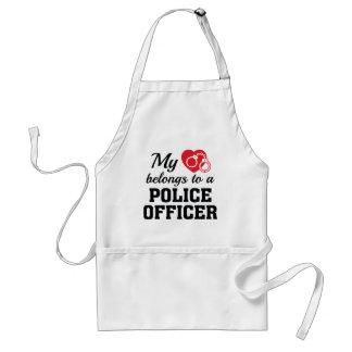 Avental O coração pertence agente da polícia