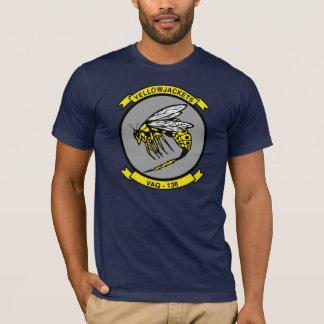 Aviação do marinho das jaquetas amarelas de VAQ