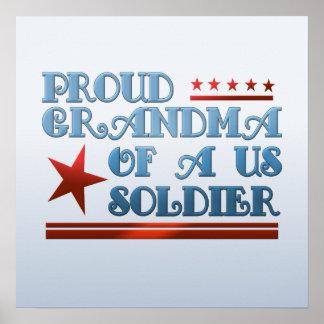 Avó orgulhosa de umas forças armadas patrióticas poster