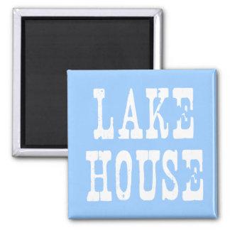 Azul da casa do lago ímã quadrado