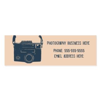 Azul e cartão de visita retro da câmera do filme d