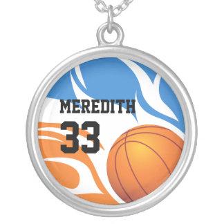 azul e laranja flamejantes ersonalised do basquete colar com pendente redondo