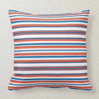 Azul e laranja listrados almofada