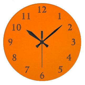 Azul na laranja relógio para parede
