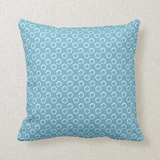 Azul pintado dos pontos brandamente ou ALGUMA cor Almofada