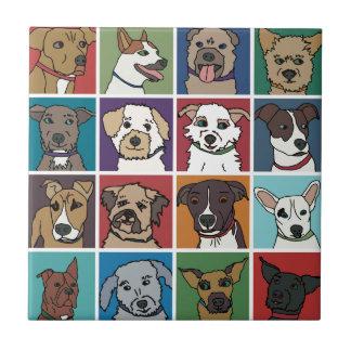 Azulejo De Cerâmica Desenhos animados do cão do salvamento