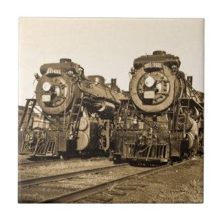 Azulejo De Cerâmica Estrada de ferro gêmea das locomotivas do vintage