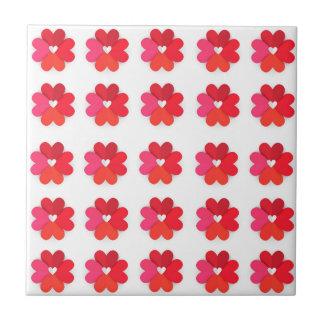 Azulejos abstratos do coração da flor do amor