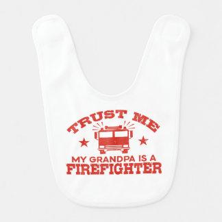 Babador Infantil Confie que eu meu vovô é um sapador-bombeiro