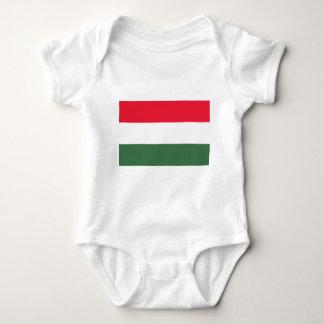 Baixo custo! Bandeira de Hungria Camisetas