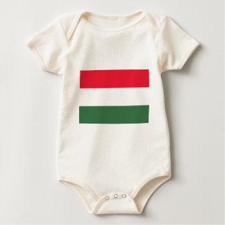 Baixo custo! Bandeira de Hungria Macacãozinho