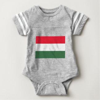 Baixo custo! Bandeira de Hungria Tshirt