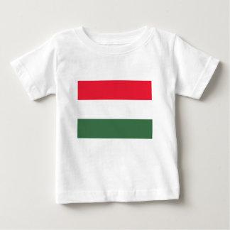 Baixo custo! Bandeira de Hungria Tshirts