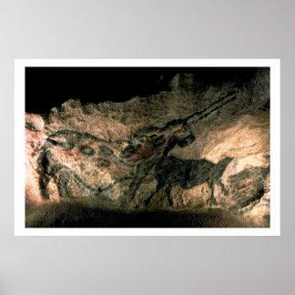 Balance a pintura de um animal horned, c.17000 BC  Pôsteres