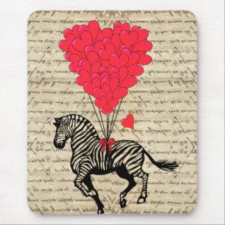 Balões engraçados da zebra & do coração do vintage mouse pad