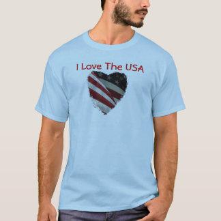 Bandeira americana do coração na camisa