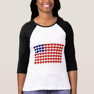Bandeira americana feita dos corações t-shirt