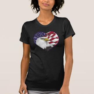 Bandeira americana n Eagle do coração T-shirt