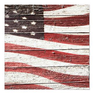 Bandeira americana pintada na textura de madeira convite quadrado 13.35 x 13.35cm