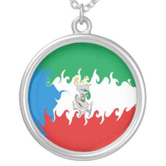 Bandeira Gnarly da Guiné Equatorial Colar Com Pendente Redondo