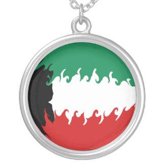 Bandeira Gnarly de Kuwait Colar Banhado A Prata