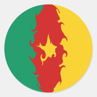 Bandeira Gnarly de República dos Camarões Adesivos Redondos