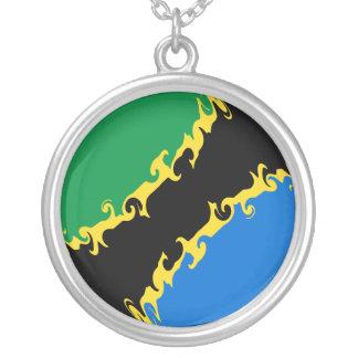 Bandeira Gnarly de Tanzânia Colar Banhado A Prata