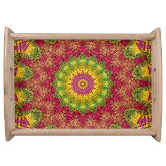 Bandeja Arte floral magenta, amarela e verde da mandala