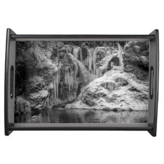 Bandeja Cachoeira sangrada congelada preto e branco do