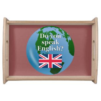 """Bandeja """"Você fala o inglês? """"em inglês. Bandeira & globo"""