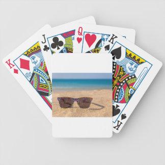 Baralhos Para Pôquer Óculos de sol coloridos que encontram-se em