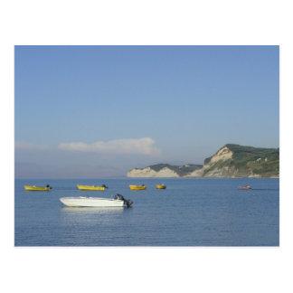 Barcos em Sidari, Corfu (piscina) Cartão Postal