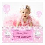 Bebê cor-de-rosa dos cupcakes da primeira menina convite personalizado