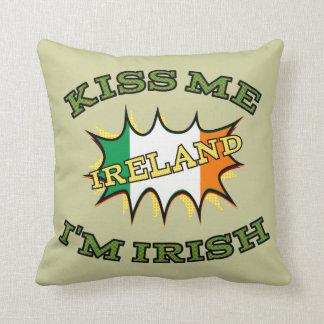 Beije-me que eu sou bandeira irlandesa do almofada