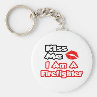 Beije-me… que eu sou um sapador-bombeiro chaveiro