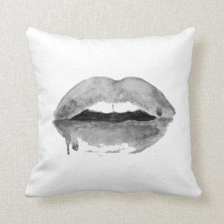 Beijo preto & branco almofada