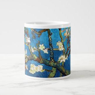Belas artes de florescência da árvore de amêndoa jumbo mug