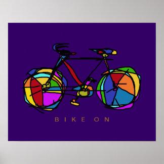 bicicleta colorida na decoração roxa poster