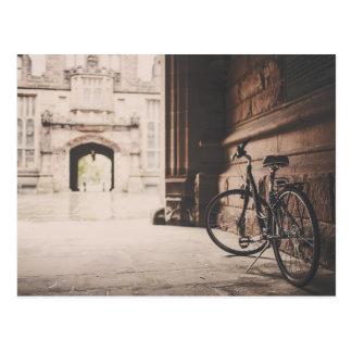 Bicicleta do vintage - cartão cartão postal