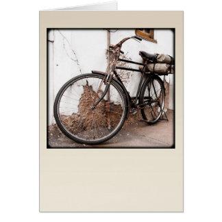 Bicicleta velha cartão comemorativo
