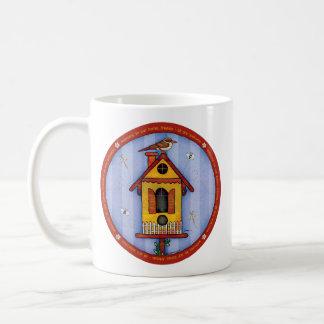 Birdhouse com pássaro caneca de café
