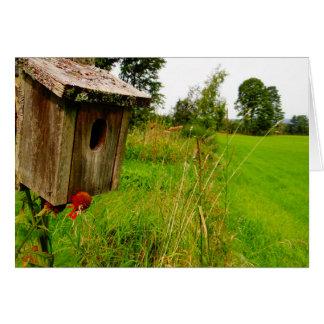 Birdhouse de madeira cartão comemorativo