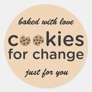 Biscoitos para a mudança cozida com etiquetas do adesivo