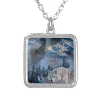 Bloco de lobo do urro colar banhado a prata