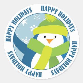 Boas festas etiqueta do pinguim adesivo redondo