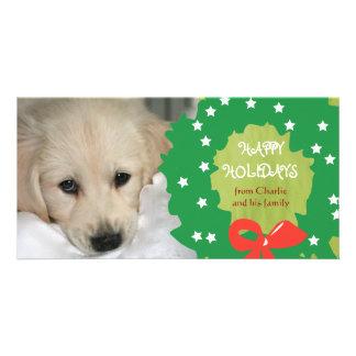 Boas festas os cartões com fotos do cão envolvem o