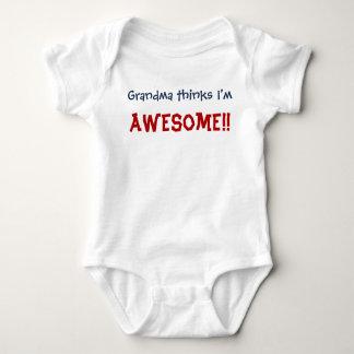 Body Para Bebê A avó pensa que eu sou impressionante! Bodysuit da