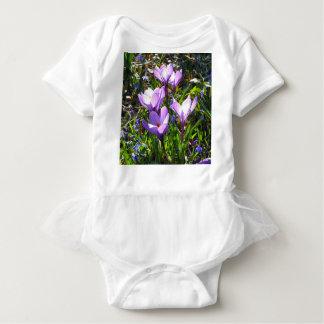 Body Para Bebê Açafrões violetas 02,0, cumprimentos do primavera