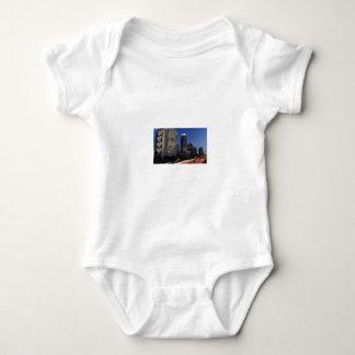 Body Para Bebê ás em uma construção