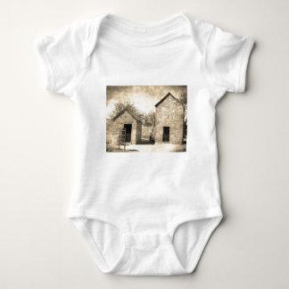Body Para Bebê Construções da herdade do tijolo do vintage